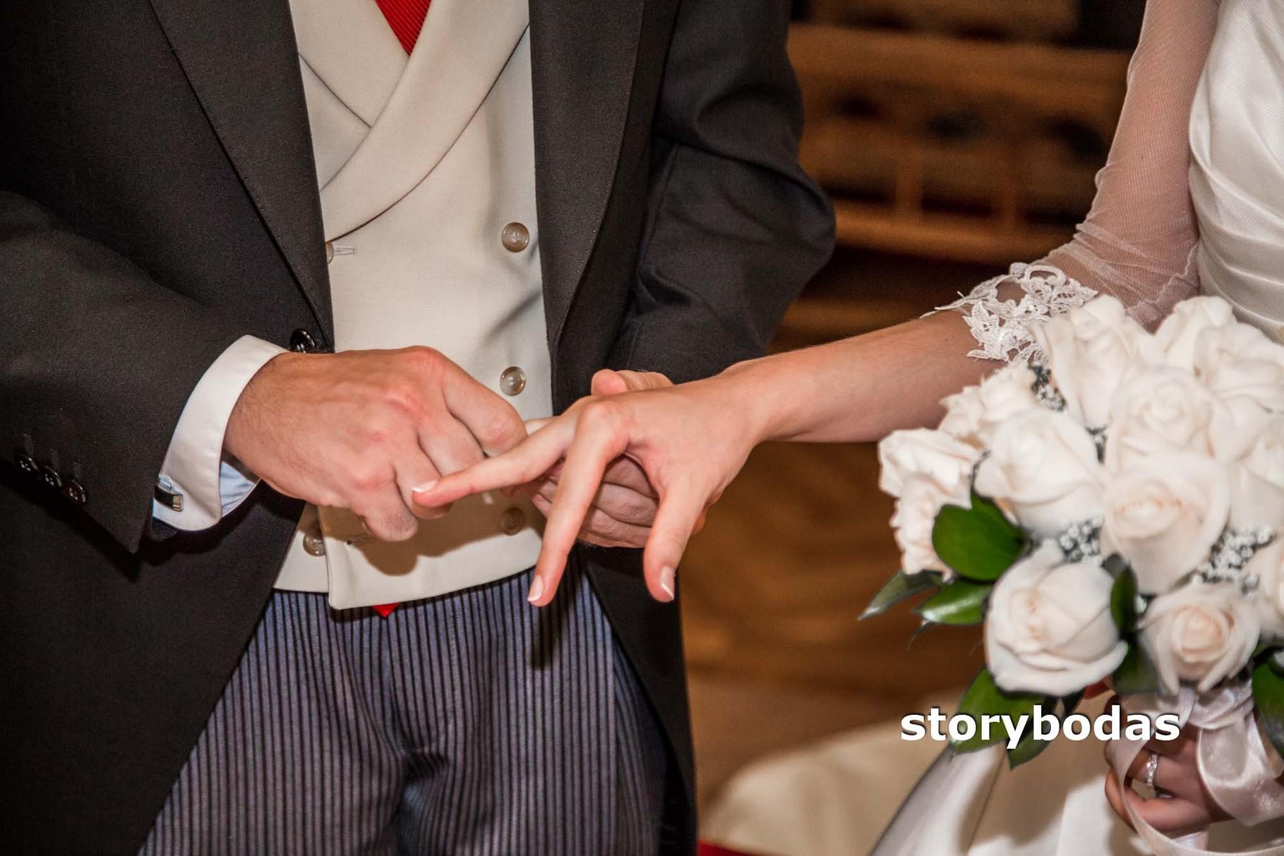 storybodas Rito del Matrimonio anillos