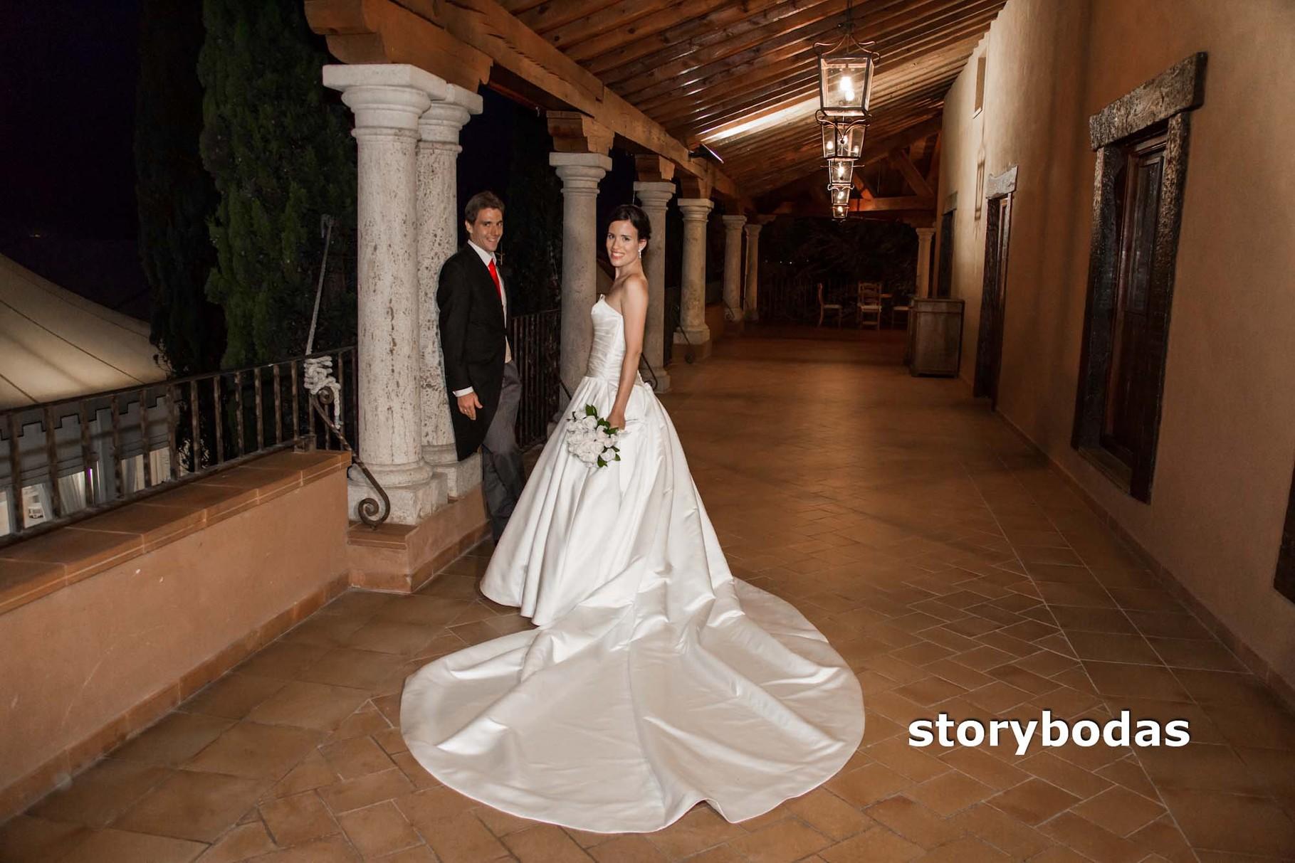 storybodas Fotos de pose novios boda 10