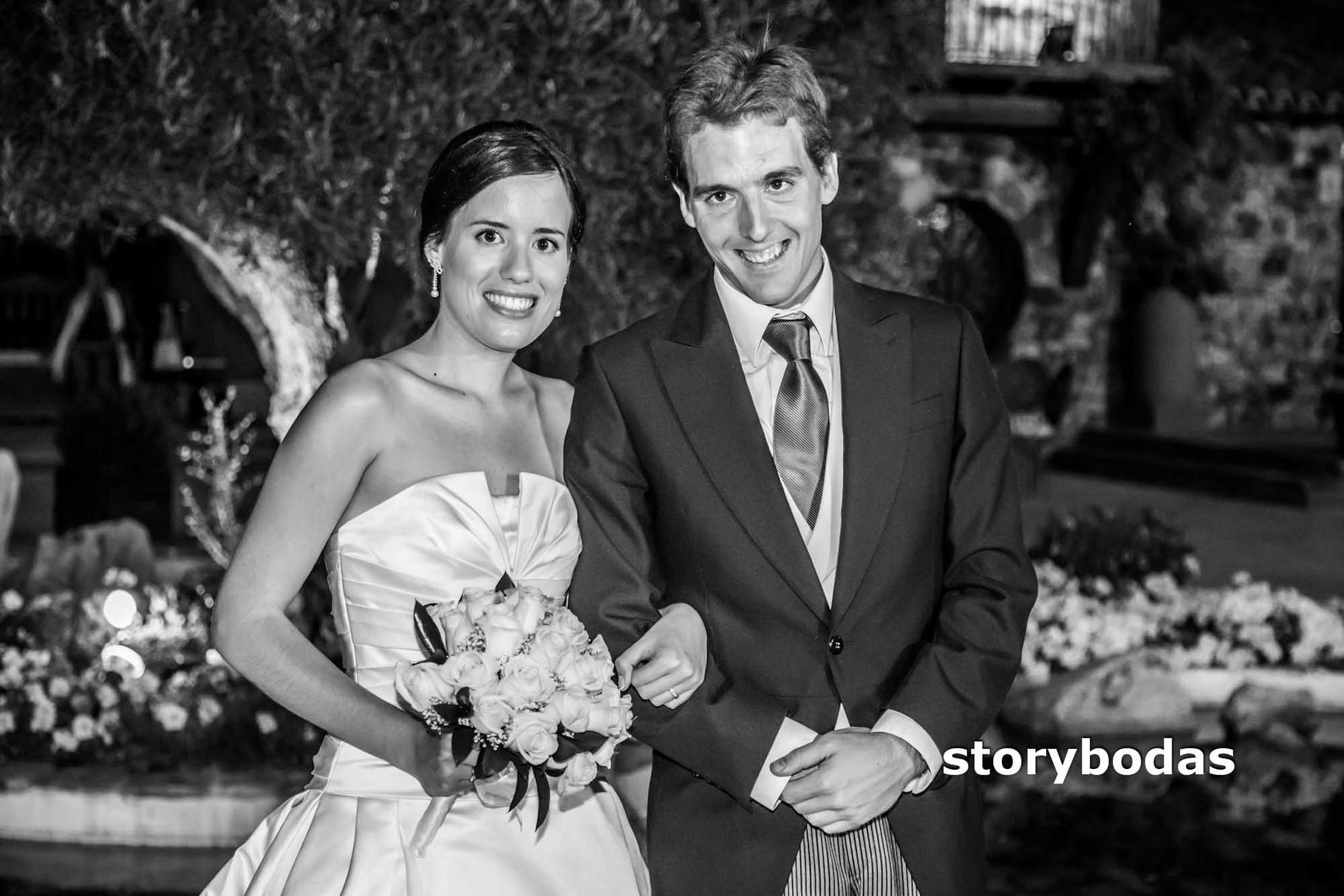 storybodas Fotos de pose novios boda 1
