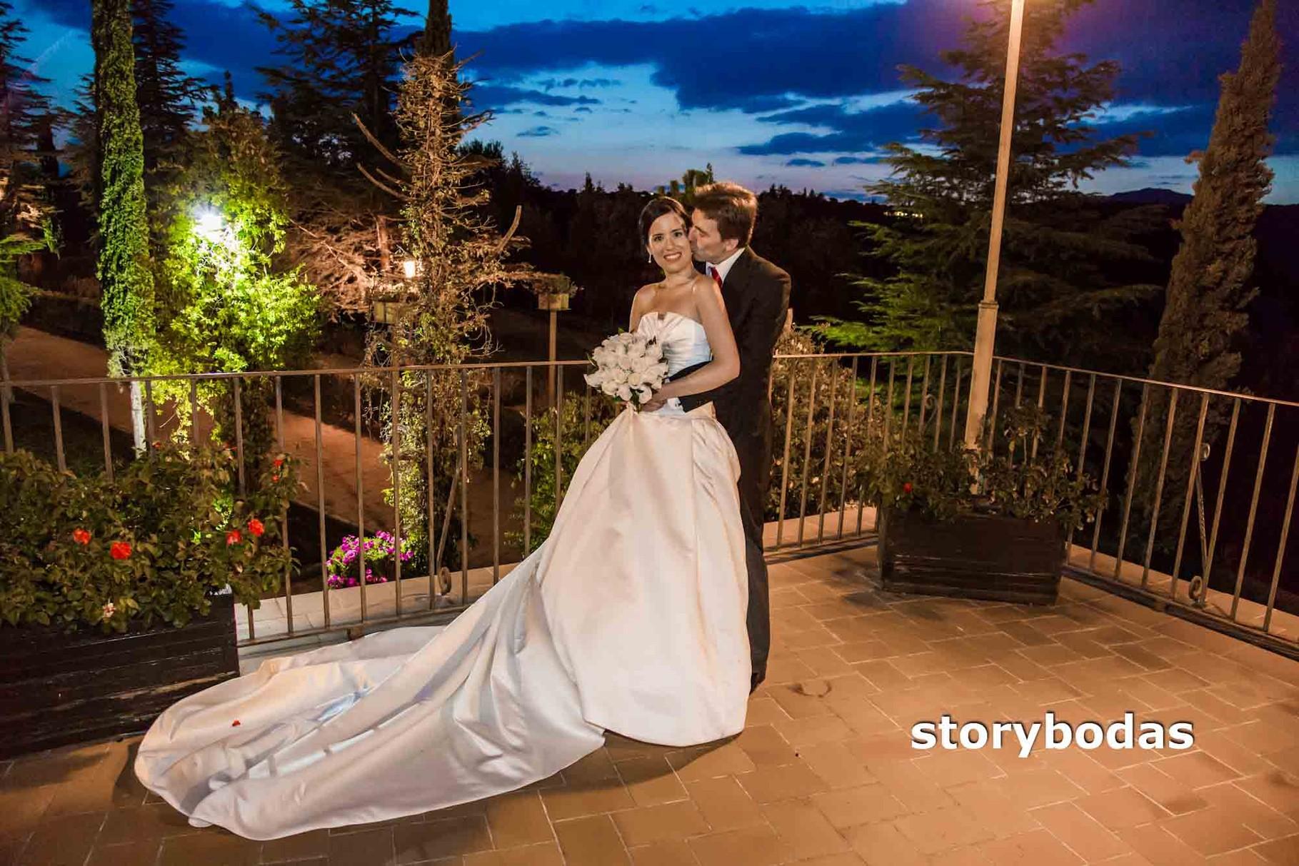storybodas Fotos de pose novios boda 5