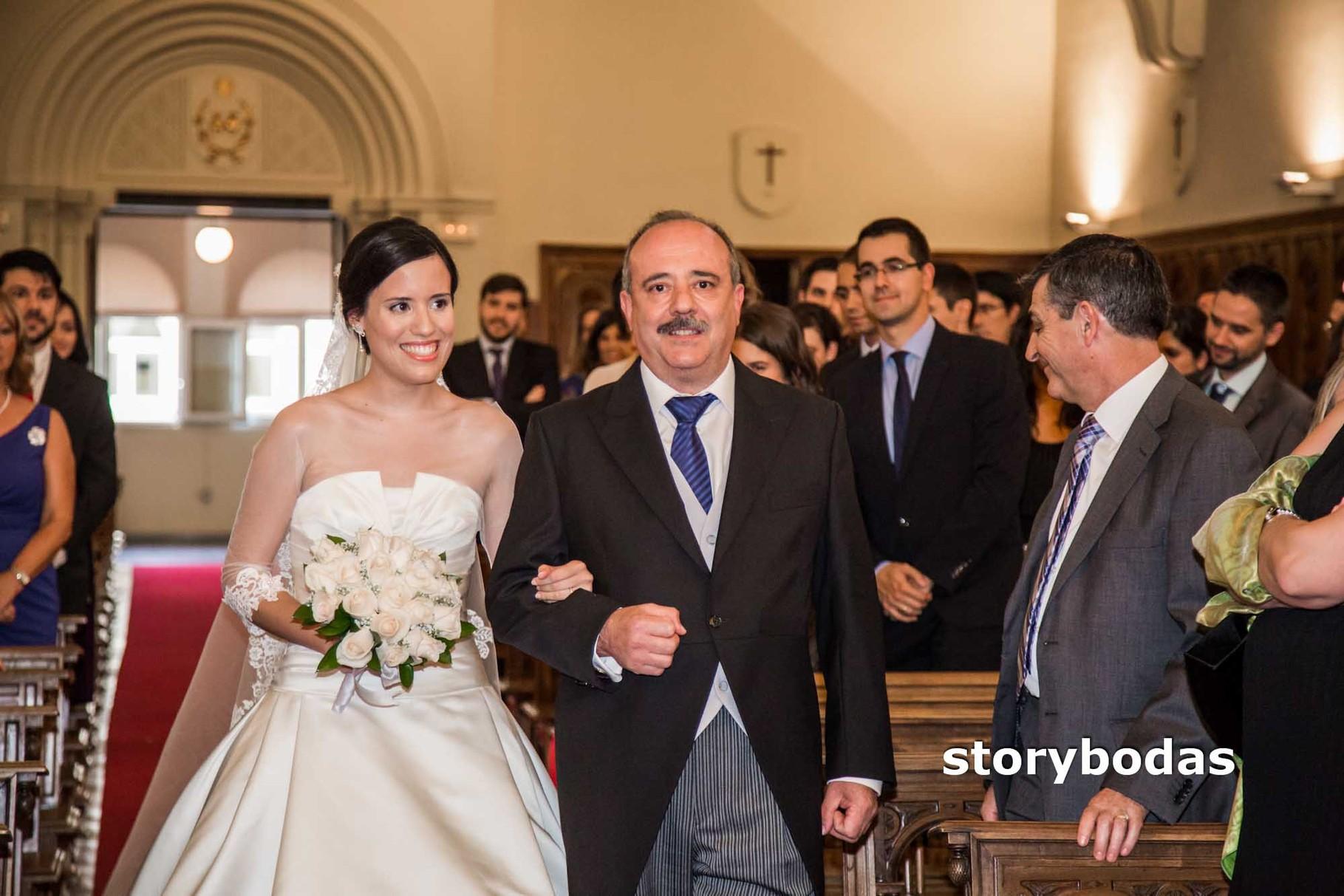 storybodas Llega la novia a la Ceremonia 2