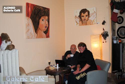 """Galerie Café, BERGISCH GLADBACH, """"Engelszeit"""" mit Kult-Star Chris Howland Dez. 2010"""