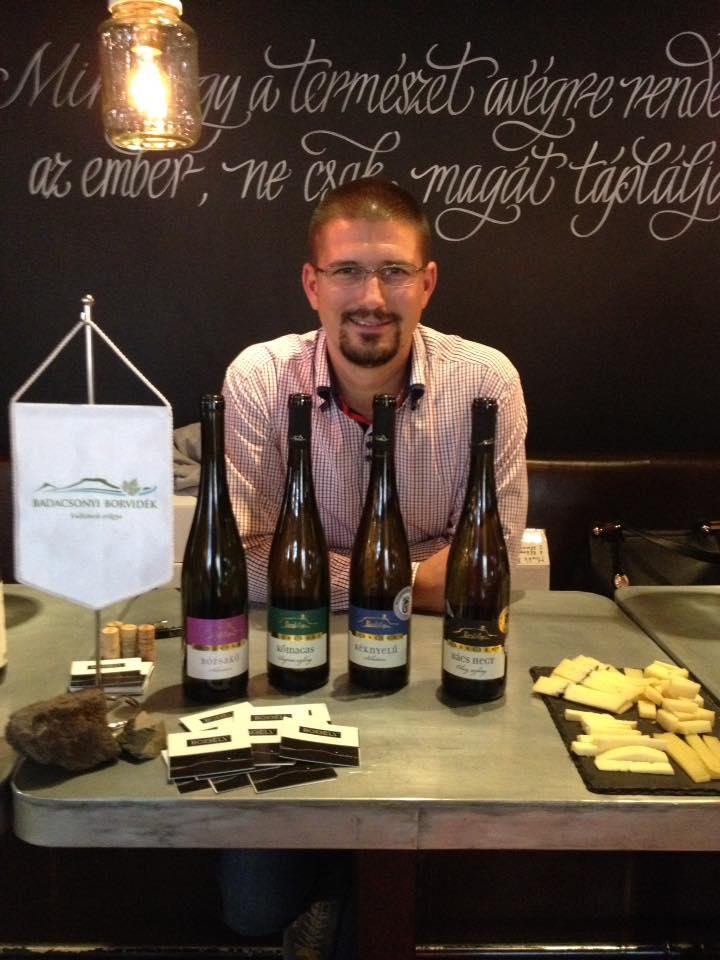 Tamás Borbély auf einer Weinmesse