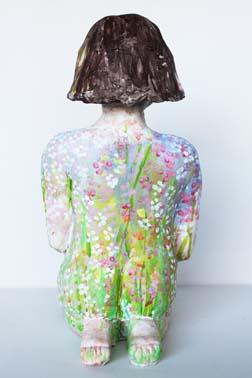 Blumenfrau, H: 23 cm, B: 11 cm, T: 14 cm, Ton