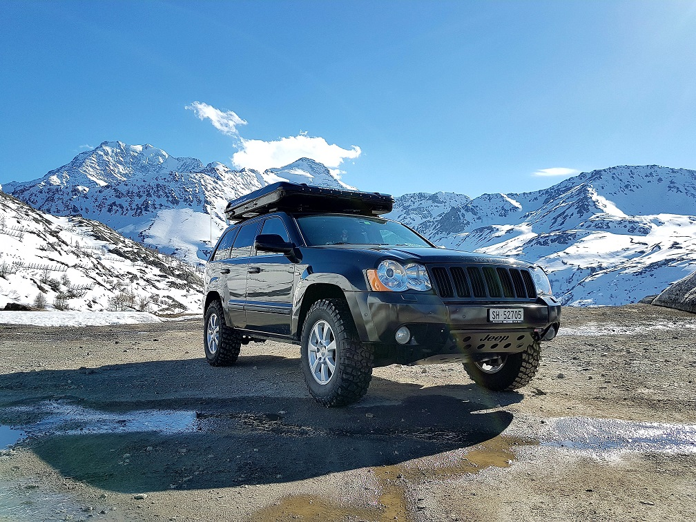 Lago di Mergozzo offroad Blacklandy ostern wolf78-overland.ch Jeep Grand cherokee WH 4x4 overlanders