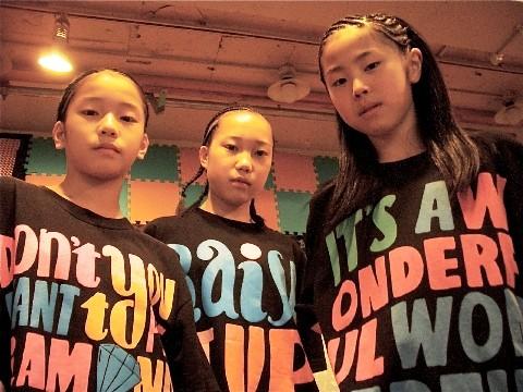 Show Case:Abcmic(SATSUKI、YU-KI、YUZUKI)