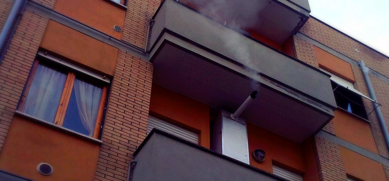 legge scarico a parete di caldaie e scaldabagno a gas per distanze minime da balconi e finestre normativa uni 7129 torino dei fumi nocivi prodotti dalla combustione di gas da riscaldamento