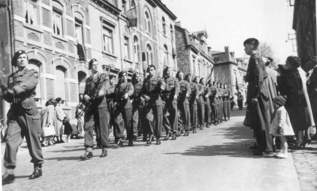 Parade durch Vielsalm am 18. April 1953
