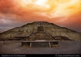 Jefa del Departamento de Museos y Servicios Educativos de la  Zona Arqueológica de Teotihuacán INAH.  Arqueóloga Elba Estrada Hernández.