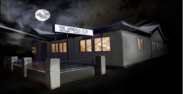 The Armidale Club at night (looking west along Beardy Street)
