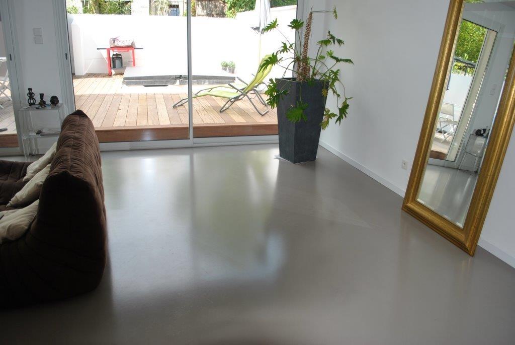 beton cire beton cire bordeaux plafonds tendus chapes. Black Bedroom Furniture Sets. Home Design Ideas