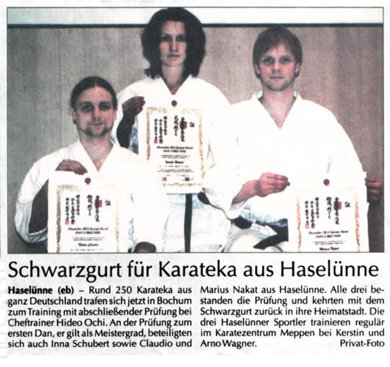 Schwarzgurt für Karateka aus Haselünne 19.03.2006