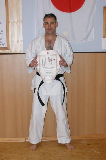 Schug, Roland | Karate seit 1985 | 1. Dan am 25.09.2010 bei Ochi Sensei | 2.Dan am 21.09.13 bei Ochi Sensei
