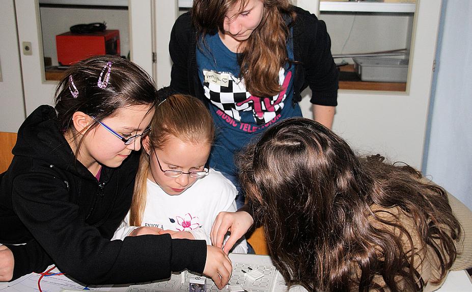 Experimentenachmittage für jüngere Schüler, CJD Christophorusschule, Droyßig