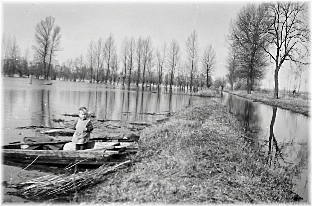 Ueberschwemmungen fast jedes Jahr, hier 1939 od.1940