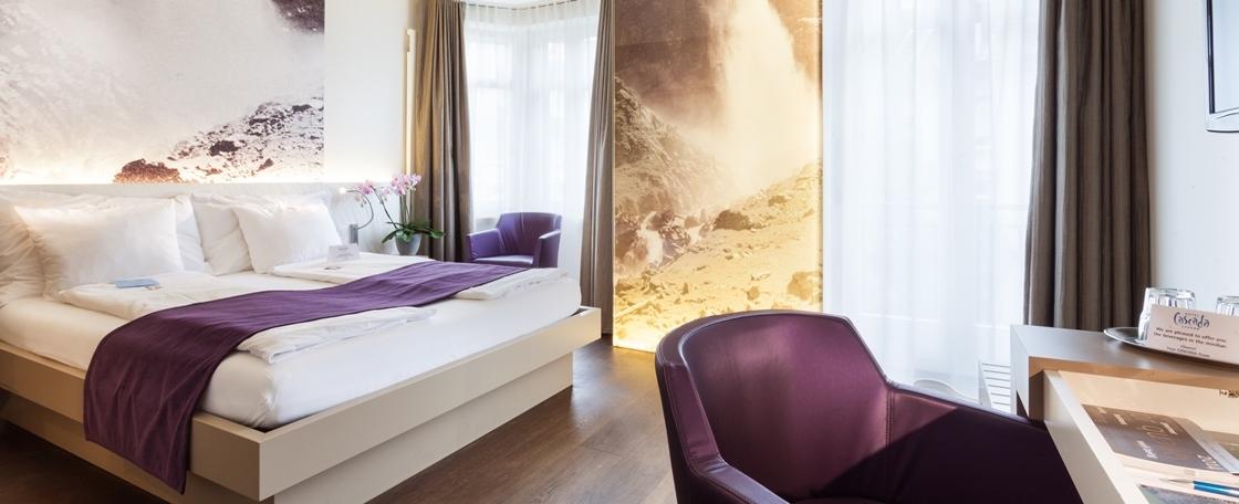 Hotel Cascada, 5 Etappen