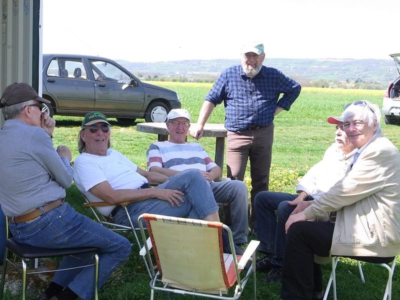 Des pilotes très détendus après une séance de méditation