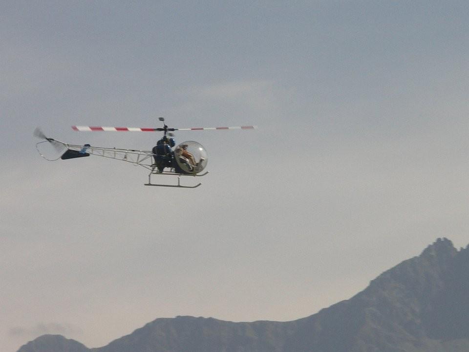 Un Bell G47