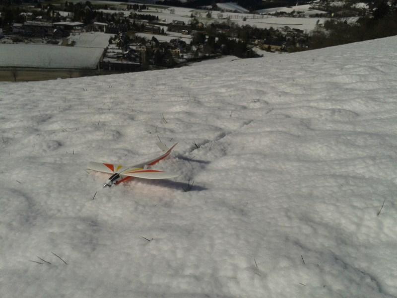 Elle est belle la trace dans la neige !