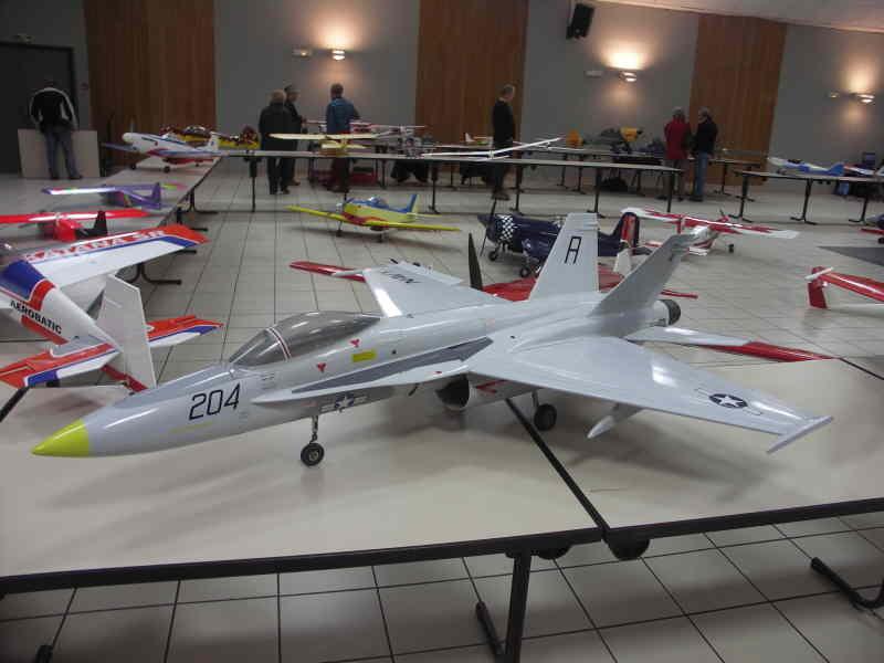 un F18
