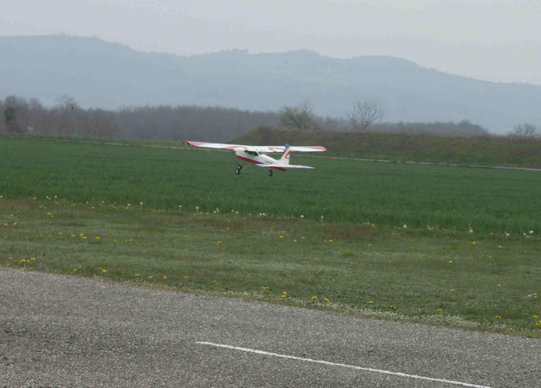 Le Trainer au décollage (0,002 T)
