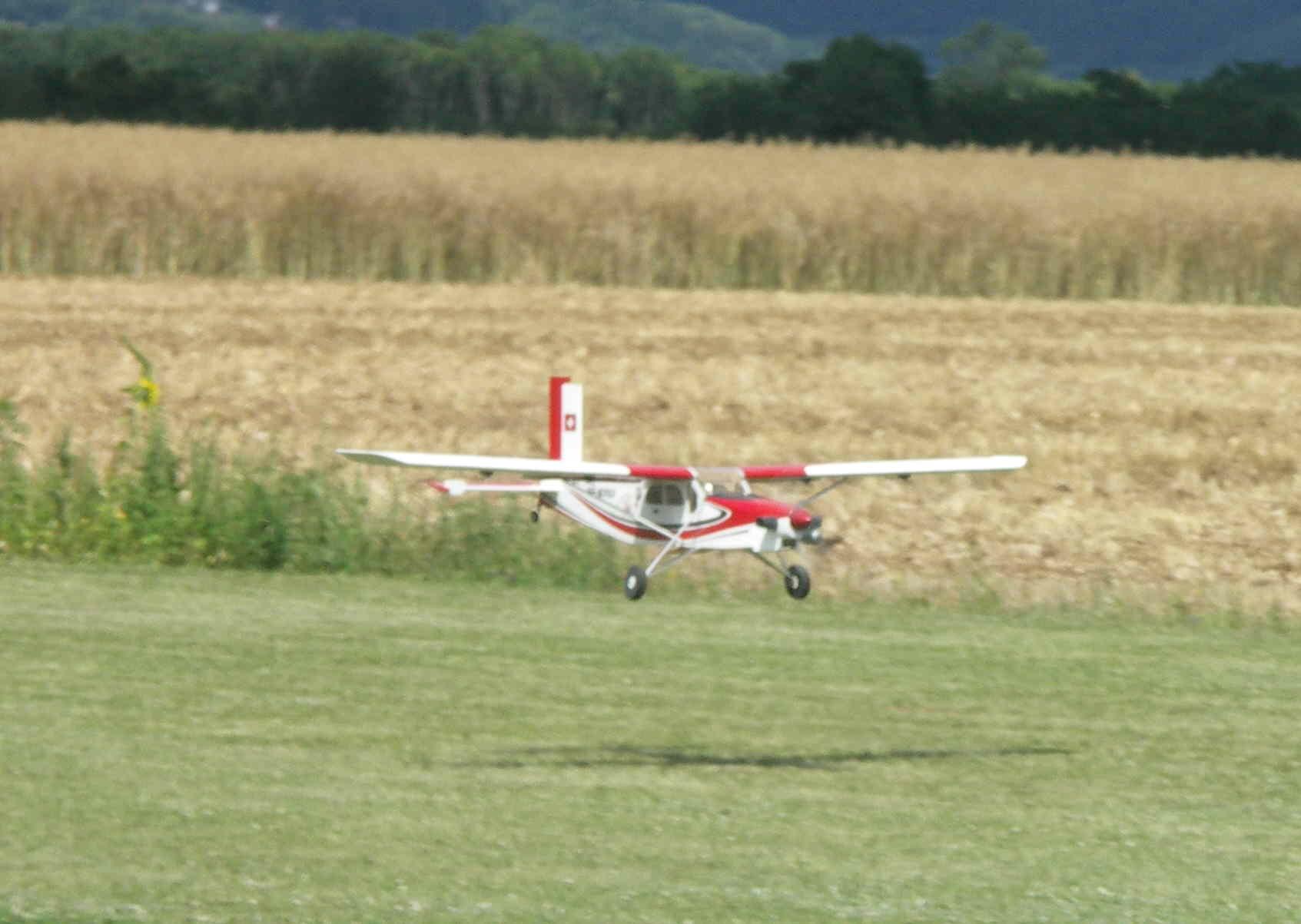 Le PC6 à l'atterrissage