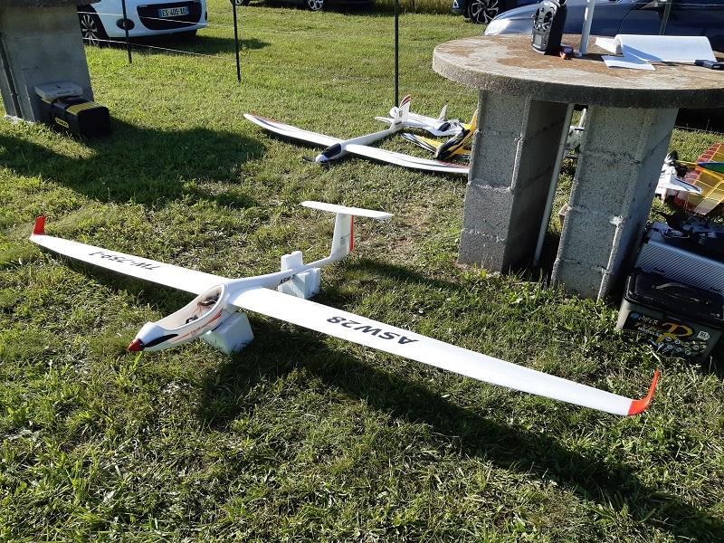 L'ASW28 de Gérard qui a fait son premier vol