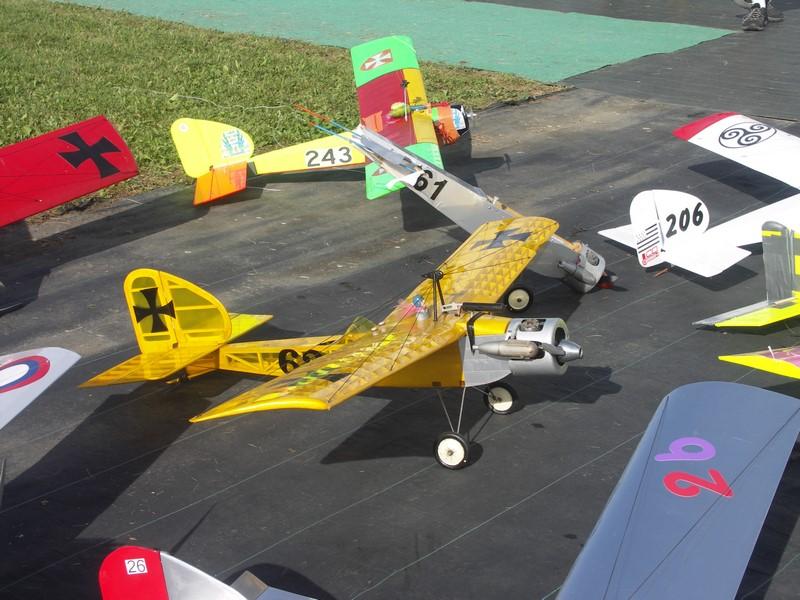 Le Baron 61 a été tranformé en aile volante à envergure réduite !
