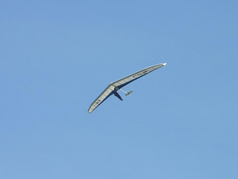 Il y avait des ailes delta, enfin plus trop delta, qui survolaient notre espace aérien !