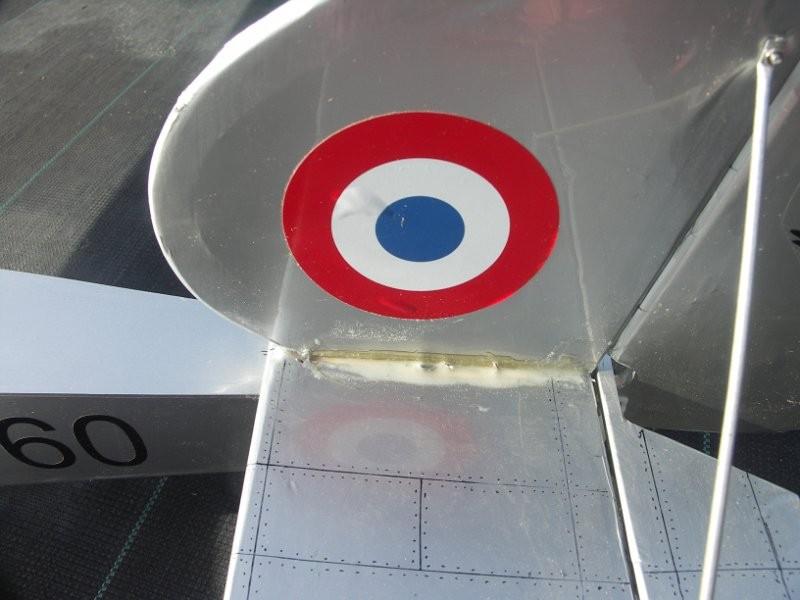Une décoration soignée ... des années 30 pour un avion de 14-18 !!!