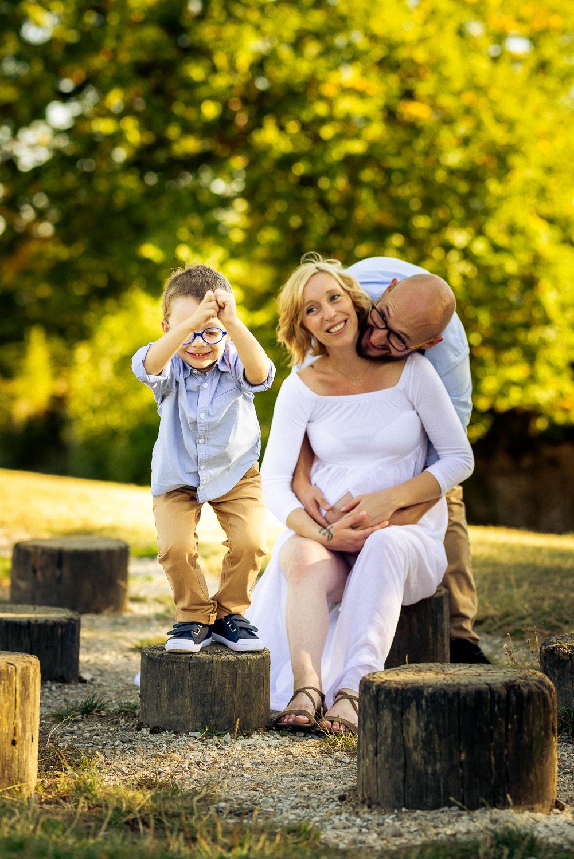 Couple attendant bébé