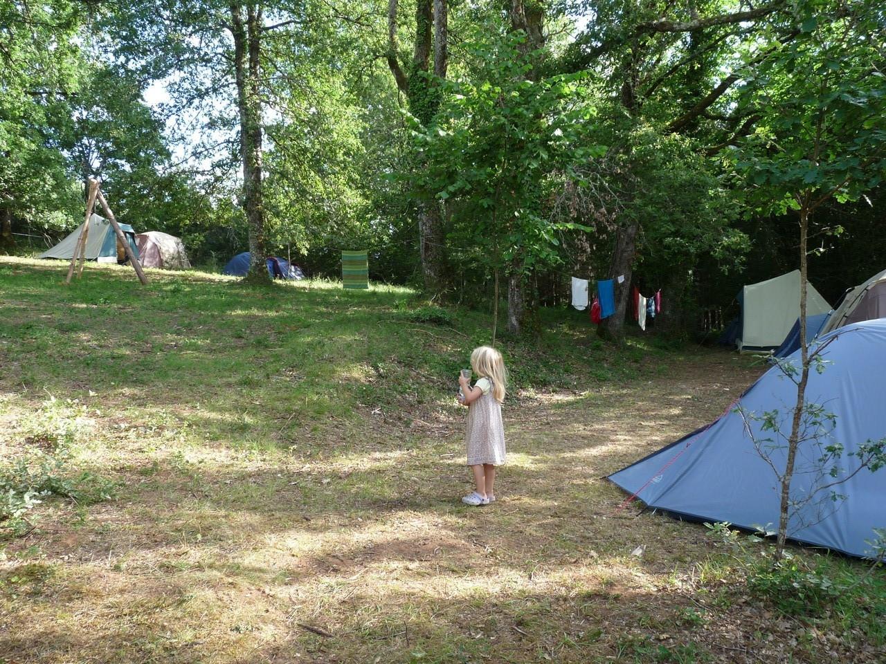 calme au camping de la ferme de combres