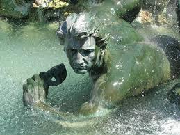 Fontaine place des Quinconces à Bordeaux
