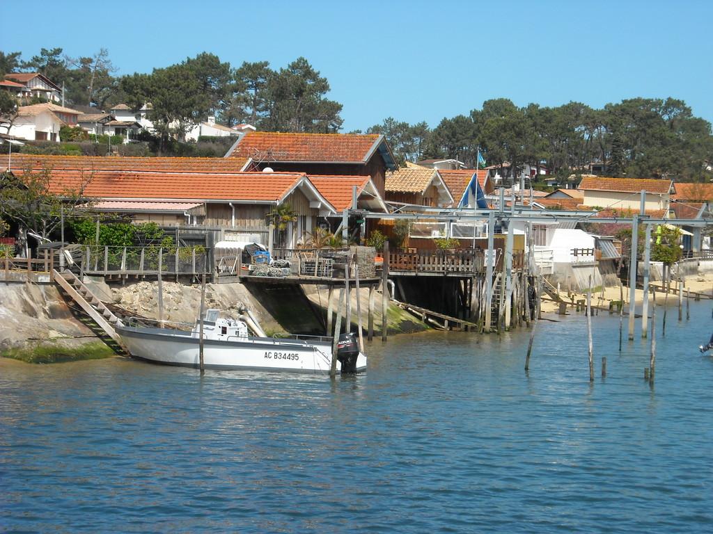 Cabanes ostréicoles - Village du Canon - Oysters huts - Village of Canon