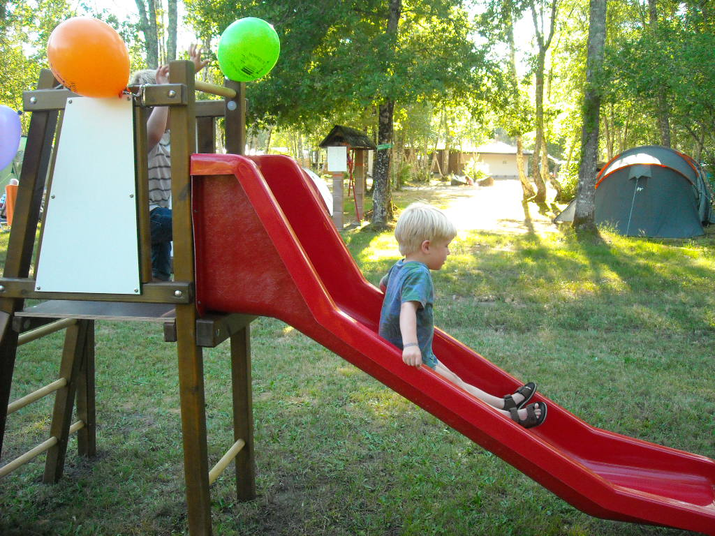 Toboggan for young children