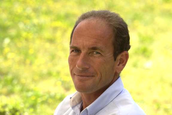Etienne CHOUARD : Confériencier et Enseignant en économie-gestion, droit fiscal et informatique au lycée Marcel-Pagnol à Marseille