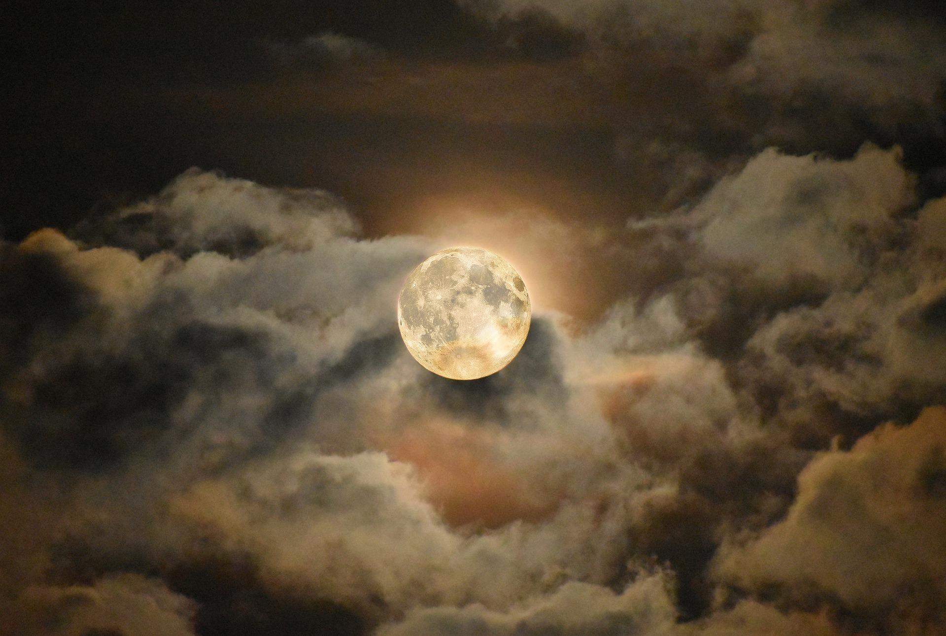 Volle Maan in Kreeft: een diepere Waarheid ♥ Angelina ♥ Lichtwerkers Nederland