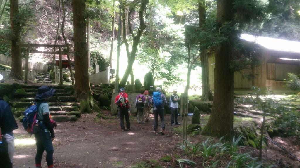 旧鶴林寺があります。役行者が開いたといわれています。