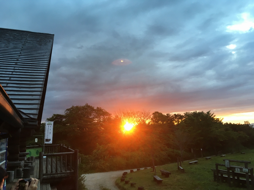 翌日の日の出(ちはや園地)