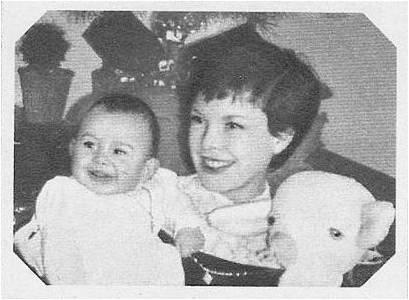 Cécile Aubry et son fils Mehdi bébé