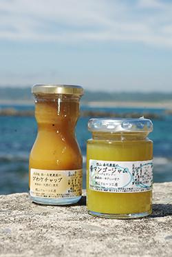ジャムのほか、果実のドレッシングやケチャップなども製造販売。農園から直接委託を受けたオリジナル商品の製造も手掛けています