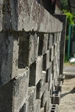 芦野石の産地でもある芦野ではそこここに石の造形が佇む。隈研吾氏設計のSTONE PLAZAは界隈のランドマーク的存在