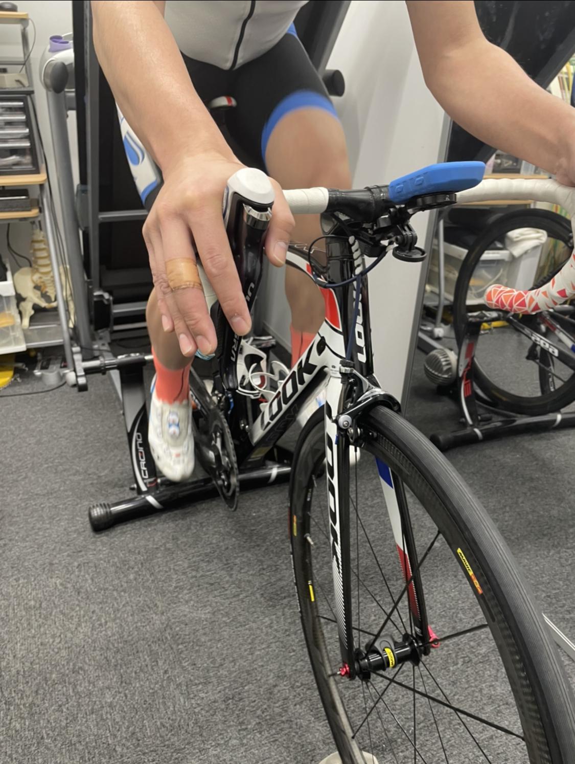 自転車ロードレース選手のアライメントトレーニング