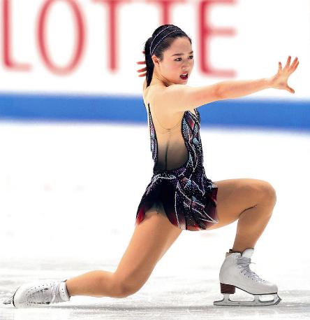 フィギュアスケート 樋口新葉選手