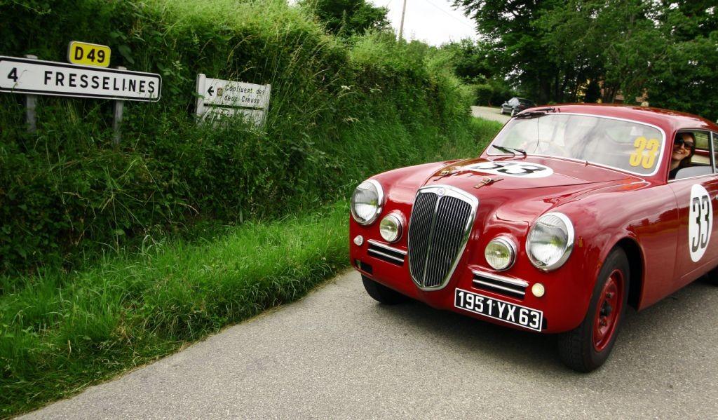 Direction Fresselines pour la Lancia Aurelia B20 GT de Dominique Aimon et de Florence Marchand.