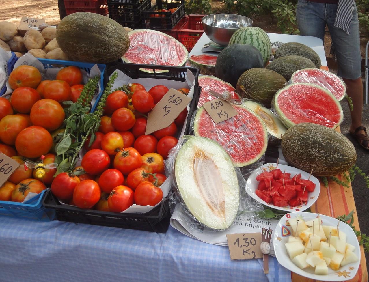 A la parada d'Ecoturis&Lapebrella podeu tastar els productes que portem cada setmana