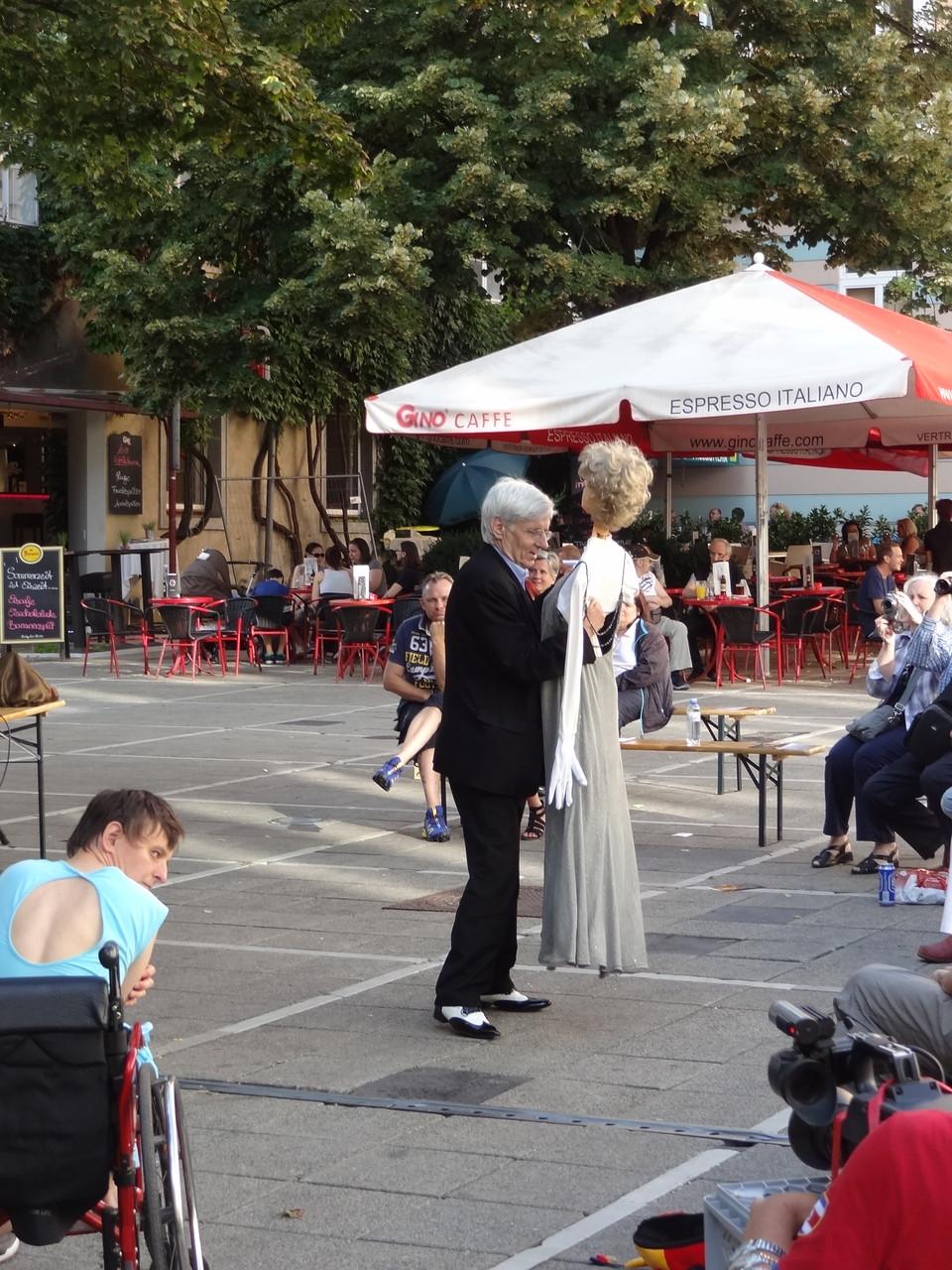"""2. Tanzpaar """"Titus Feuerfuchs und Lili"""