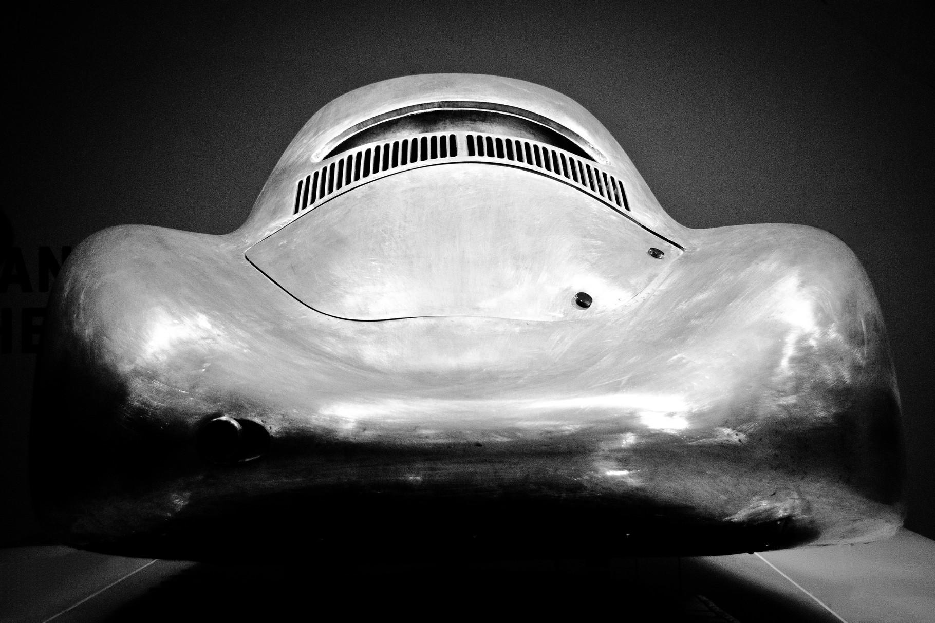 Ur-Porsche Typ 64, Berlin-Rom-Wagen; 75cm x 50cm; Fotodruck auf Acrylglas; Auflage 12