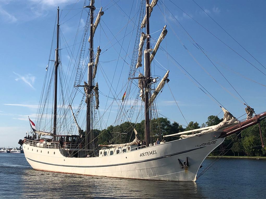 """Besuch der 3-Mast-Bark """"ARTEMIS"""" aus Holland."""