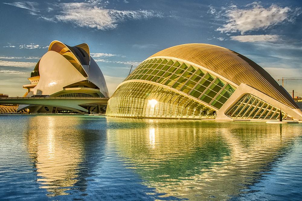 Valencia - die Stadt der Künste und Wissenschaften. Hier ist das größte Meeres-Aquarium beheimatet.